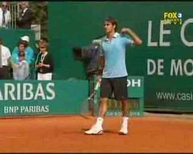 Federer fordert Djokovics Eltern zur Ruhe auf