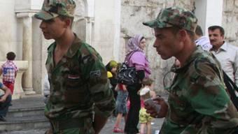 Zwei syrische Soldaten (Symbolbild)