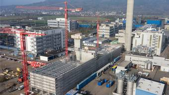 Der Massivbau des Holzheizkraftwerks Sisslerfeld ist fertiggestellt.