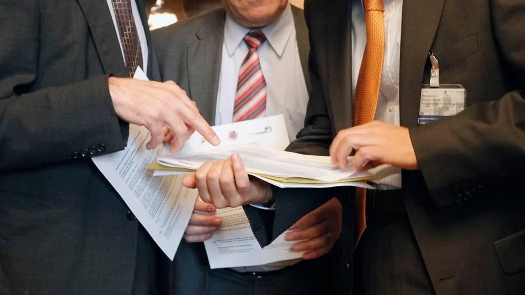 Lobbying: Ein weisser Fleck in der Strategie des Bundesrates gegen Korruption. (Symbolbild)
