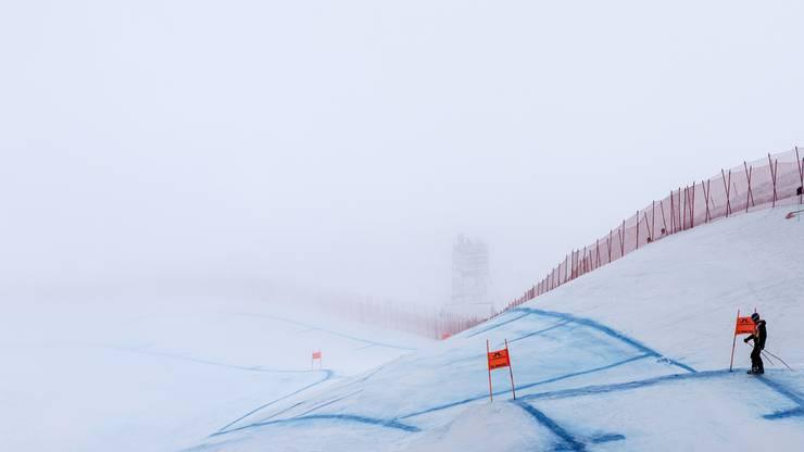 Die Männer-Abfahrt musste wegen einer Nebelbank verschoben werden.