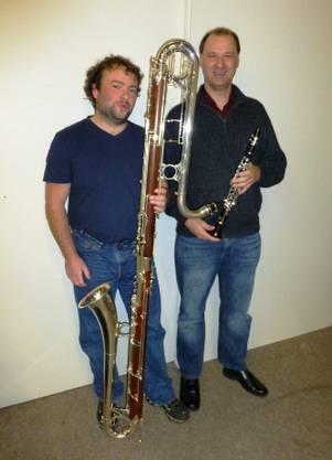Die Solisten des Klarinettenchors mit ihren so gegensätzlichen Instrumenten