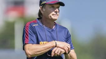 Trainer Alain Geiger muss mit Servette die erste Niederlage der Saison hinnehmen
