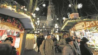 Die Basler Weihnacht hat diese Jahr neben dem Weihnachtsmarkt (im Bild) noch sehr viel zu bieten. (Archiv)