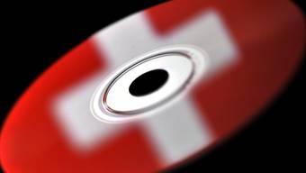 2006 kauften deutsche Behörden zum ersten Mal Daten-CDs mit Informationen zu Steuerflüchtlingen. (Symbolbild)