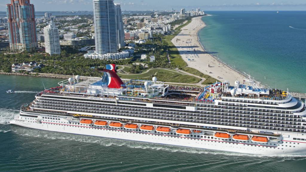 Kreuzfahrtriese Carnival erwartet 2,2 Mrd Dollar Quartalsverlust.