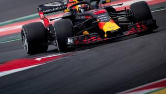 Daniel Ricciardo im Red Bull-Renault bei den Testfahrten in Montmelo