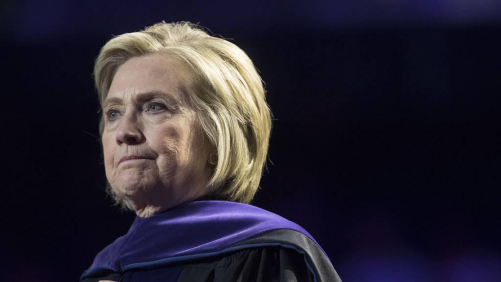 Clinton zieht mit falschem Kennedy-Brief über Trump her