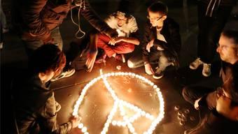 Auch ein Jahr nach den Attentaten ist noch kein Friede. JEAN-BAPTISTE QUENTIN/Keystone