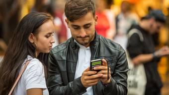 Kein schönes Gefühl, wenn man sein Handy nicht mehr findet. Folgende Tipps helfen bei der Suche. (Symbolbild)