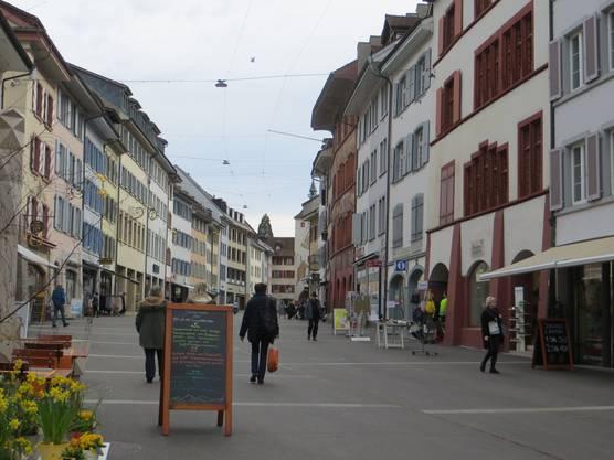 In Liestal sieht man hier die Einkaufsstrasse im Städtli.
