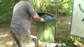 Das sommerliche Wetter in den letzten zwei Tagen hat die Leute in Scharen nach draussen gelockt. Hinterlassen wurde aber enorm viel Abfall.