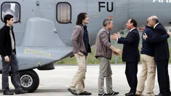 Frohe Ostern: Entführte Journalisten von Hollande empfangen