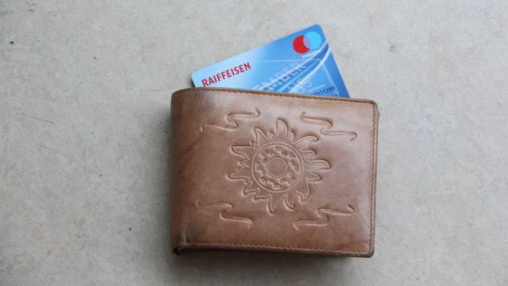 Für die Maestro-Karte verrechnet die Raiffeisenbank Regio Frick ihren Mitgliedern dieses Jahr 50 Franken Gebühr.