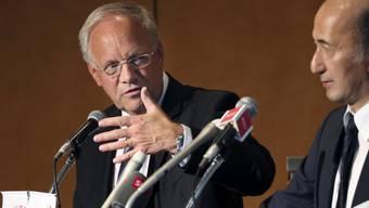 Schneider-Ammann spricht mit dem Vizechef von Japans Zentralbank