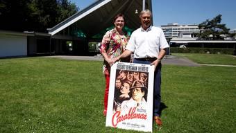 Brigitte und Peter Andres organisieren das Open-Air-Kino seit 10 Jahren. «Casablanca» stand schon lange auf der Programm-Wunschliste.