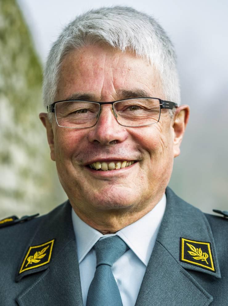 Andreas Bölsterli, Divisionär