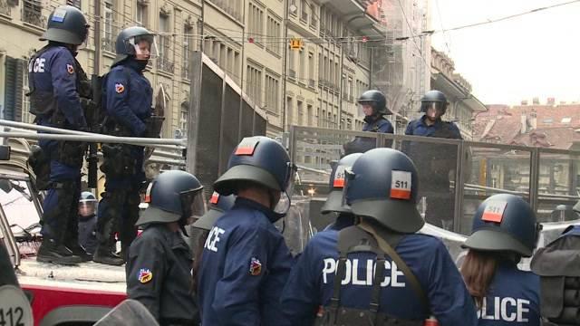 Grossaufgebot bei Antifa-Demo