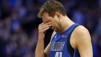 Dirk Nowitzkis letztes Spiel für Dallas kam nicht ohne Sentimentalitäten aus.