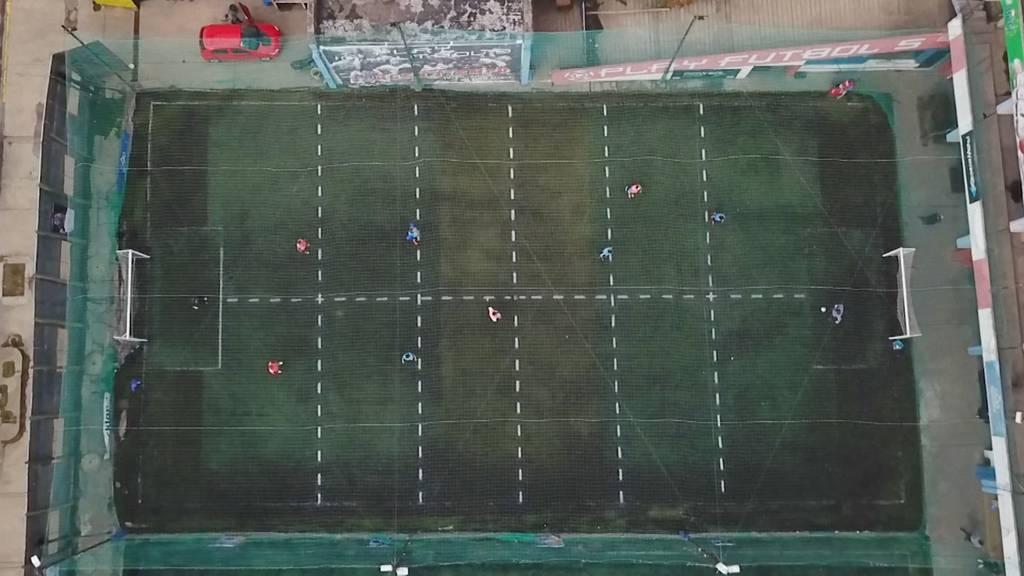 Argentinische Fussballer kehren mit kreativem Format auf den Platz zurück