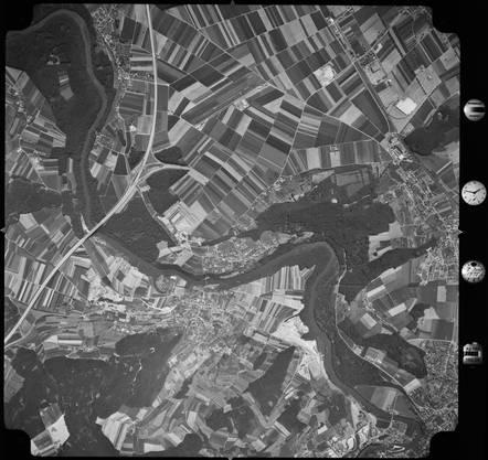 Diese Aufnahme (hochgeflogen) wurde von Swissair Photo AG gemacht.