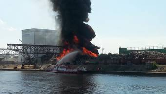 Brand am Rheinhafen