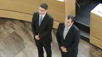 Der Döttinger Manuel Tinner (SVP, rechts) wird mit dem Freiämter Stefan Huwyler (CVP) zusammen vereidigt.