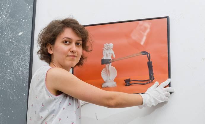 Katharina Good, Kuratorin beim Festival «Guck mal Günther, Kunst», bei den Vorbereitungsarbeiten.