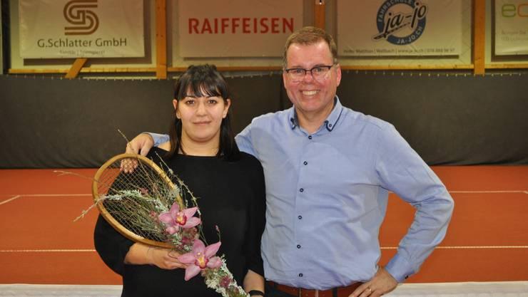 Der scheidende Präsident Peter Lüscher mit seiner Nachfolgerin Laura Cangeri