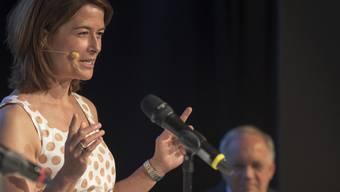 Der Generationenvertrag werde mit der geplanten Rentenreform mit Füssen getreten, kritisierte FDP-Parteipräsidentin Petra Gössi vor den Delegierten.