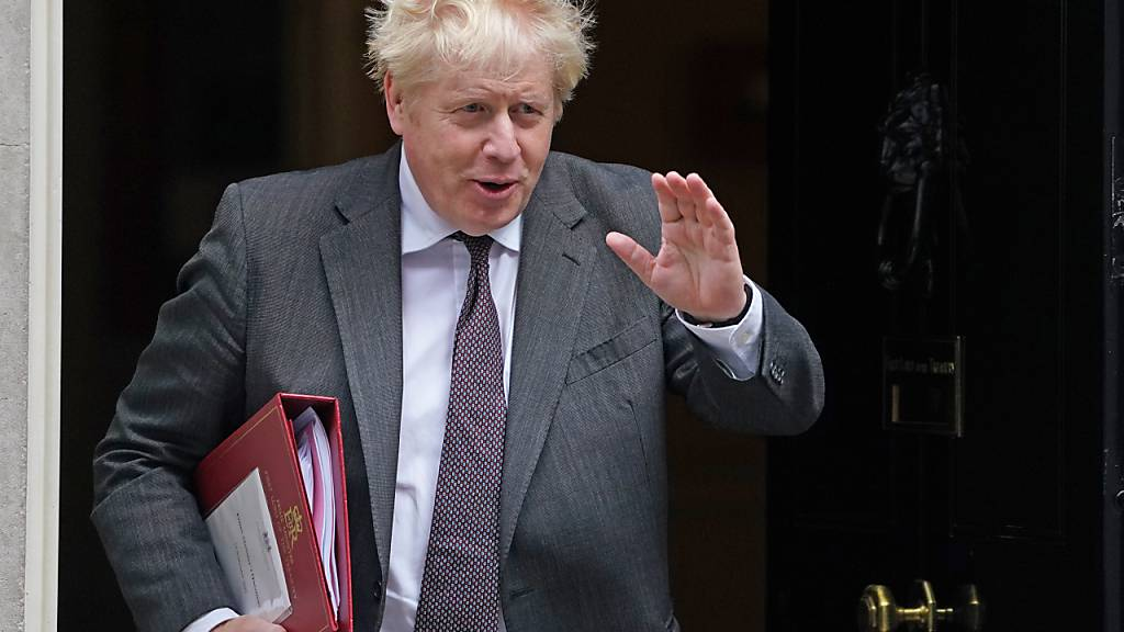 Medien: Johnson baut noch am Mittwoch sein Kabinett um