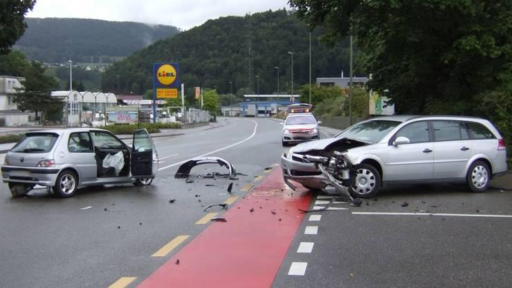 Am Montagabend ereignete sich ein Unfall auf der Schiffländestrasse in Aarau (Symbolbild)