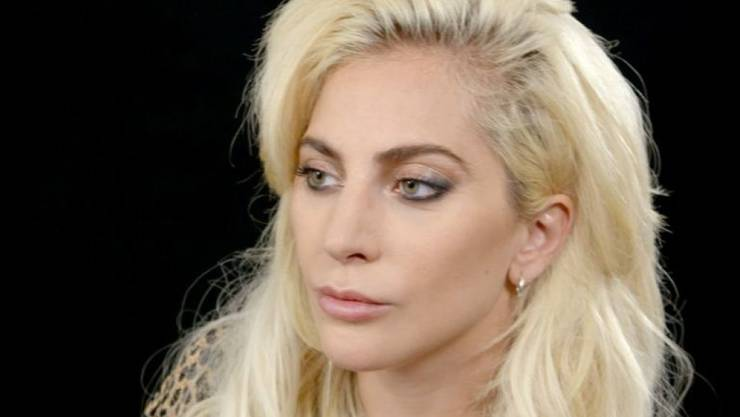 Lady Gagas Erkrankung ist schlimmer als angenommen. Wegen Schmerzen in den Hüften muss sie ihre Europatournée verschieben. Betroffen ist auch das Konzert vom nächsten Sonntag im Hallenstadion. (Archivbild)