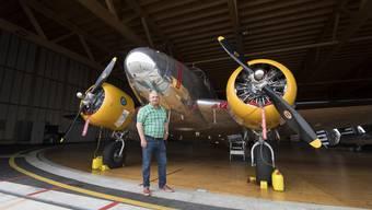 Hugo Mathys zeigt die Flugzeuge seiner Classic Formation