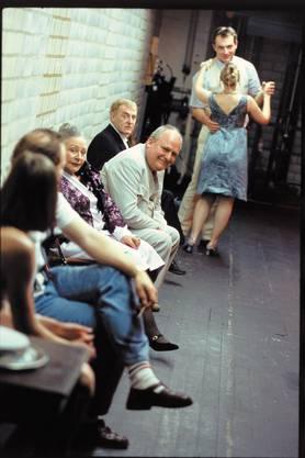 Probenfoto: «Die Katze auf dem heissen Blechdach», Inszenierung Tom Schneider, 2005