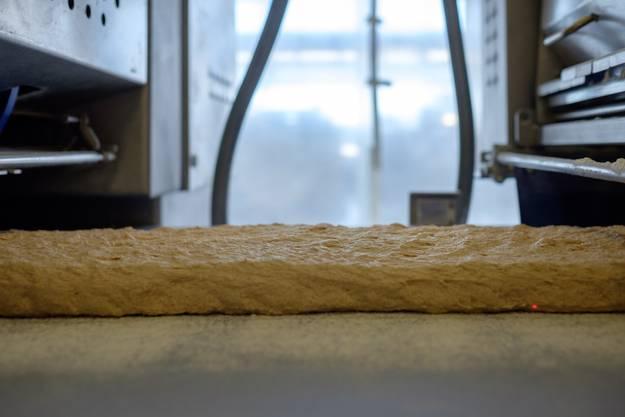 Impressionen aus der modernen Backstube. Hier wird Ruchbrot hergestellt.