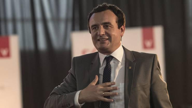 Ein Hoffnungsträger unter Druck In der Partei von Albin Kurti gibt es starke Spannungen.
