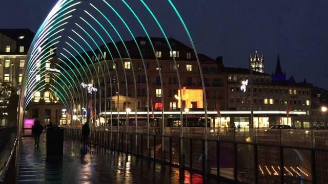 Weihnachten: Es leuchtet und strahlt wieder in Schweizer Städten