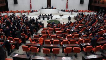 Das türkische Parlament bei einer Session (Symbolbild)