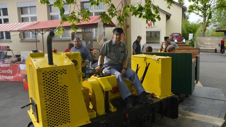 Die Stollenbahn des Vereins Eisen und Bergwerke zog ihre Runde über das Gelände.