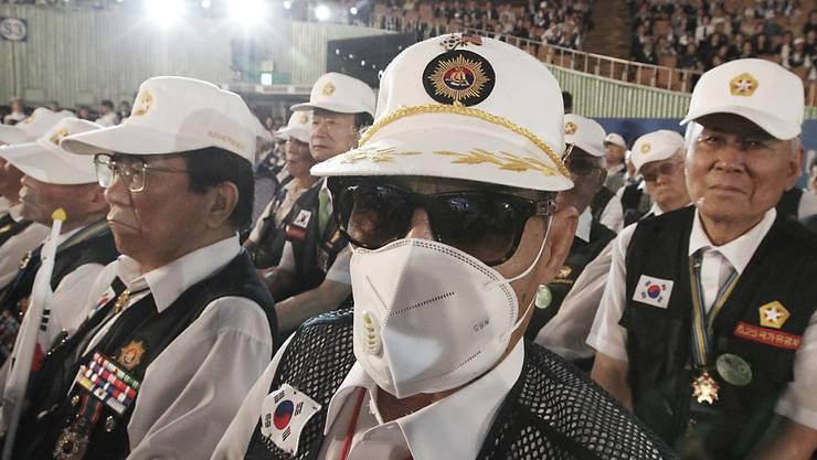 Angst vor Mers: Kriegsveteranen bei Gedenkveranstaltung zum Ausbruch des Koreanischen Kriegs in Seoul