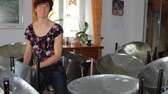 Cornelia Barthel hat die Instrumente – die Musiker fehlen noch. kel