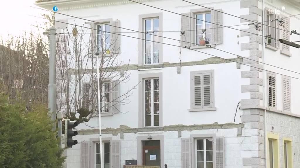 Zwei Balkone sind in Kriens von einem Haus abgefallen