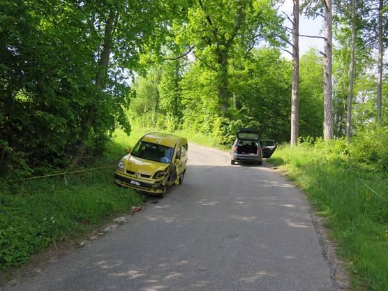 Reigoldswil BL, 25.Mai: Auf der Seewenstrasse kam es zu einer Kollision zwischen zwei Personenwagen. Verletzt wurde niemand.