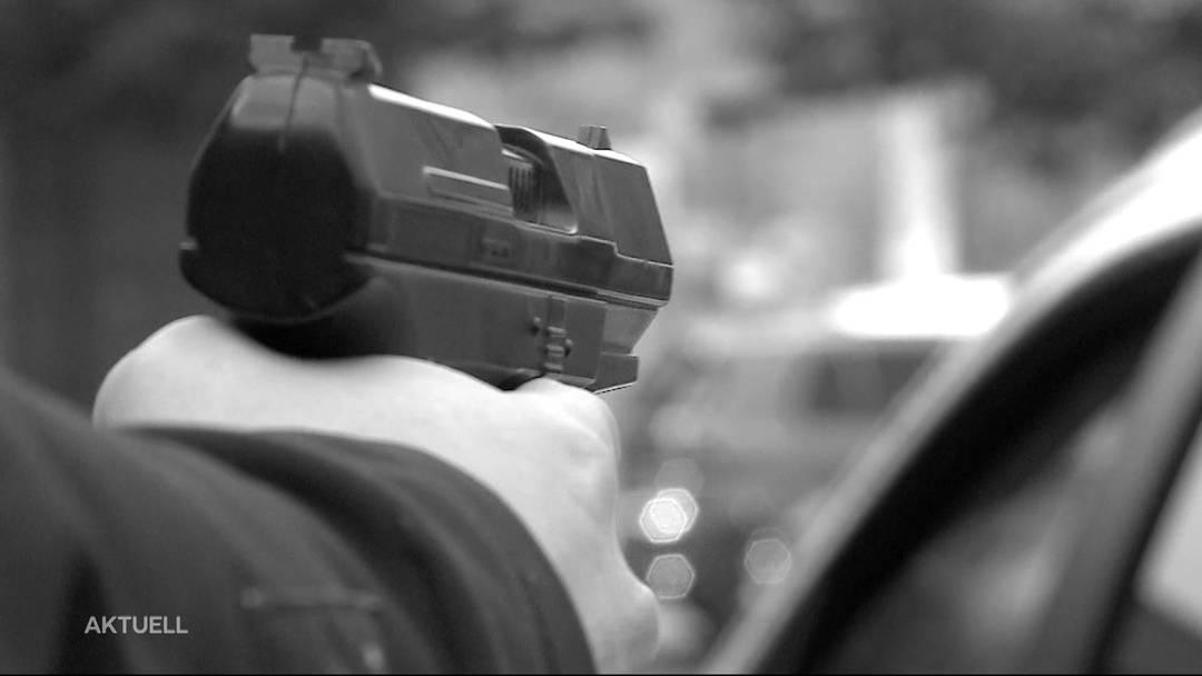 Erneuter Prozess: Kosovare schoss drei Mal auf Auto von Cousin