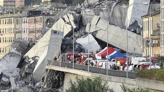 Am 14. August 2018 stürzte die Morandi-Brücke in Genua ein.