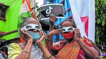 Rund 200 Millionen Nutzer hatte TikTok bis vor kurzem in Indien. Jetzt ist die App im Land verboten.