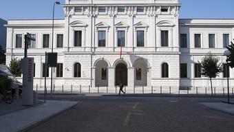 Ein ehemaliger Mitarbeiter der Bundeskriminal-Polizei muss sich vor dem Bundesstrafgericht in Bellinzona verantworten. (Archivbild)