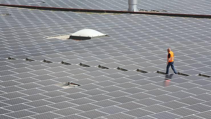Die Photovoltaikanlage auf der Migros in Neuendorf. (Archivbild)