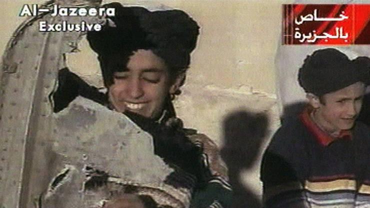 Aufnahme von Hamza bin Laden aus dem Jahr 2001. Heute ist er 30 Jahre alt. (Archivbild)
